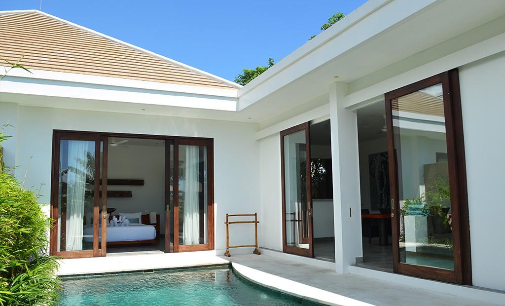 villa gajah a in seminyak rent villa seminyak bali. Black Bedroom Furniture Sets. Home Design Ideas